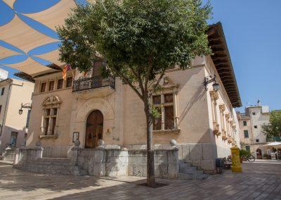 Alcúdia - Das Rathaus Ajuntament d'Alcúdia Mallorca