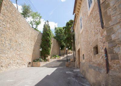 Arta - Blick seitlich der Kirche Transfiguració del Senyor Mallorca