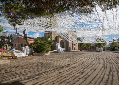 Colònia de Sant Pere - Vorbereitungen für ein Fest in der Dorfmitte Mallorca