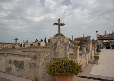 Petra - Der Friedhof Mallorca