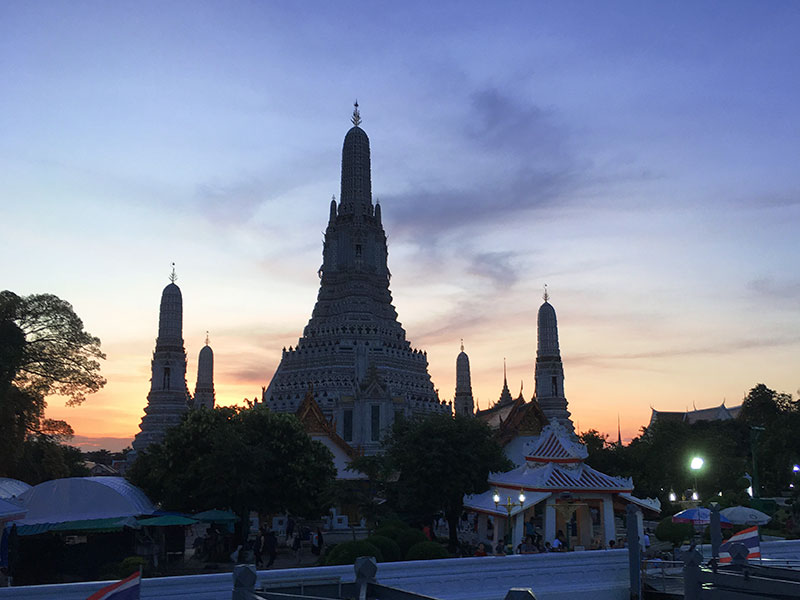 Wat Arun – Tempel der Morgenröte