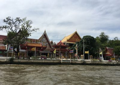 Bangkok – Khlong-Tour mit dem Longtailboat