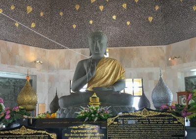 Chiang Mai - Doi Inthanon - Buddha-Statue in der King Pagoda