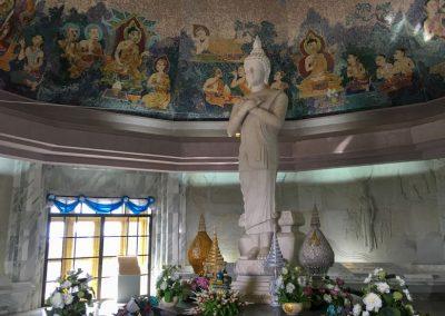 Chiang Mai - Doi Inthanon - Buddha-Statue in der Queen Pagoda