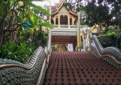 Wat Phra That Doi Suthep - Naga-Treppe zum Eingang