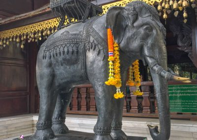 Chiang Mai - Wat Phra That Doi Suthep - Elefanten-Statuen