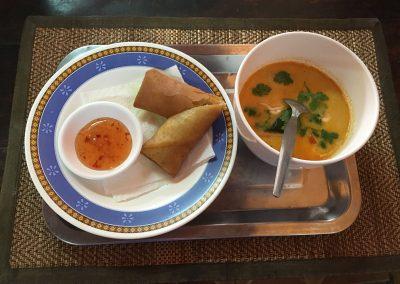 Chiang Mai - Kochkurs - Frühlingsrolle mit Garnelen-Kokos-Suppe