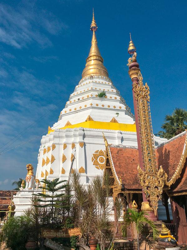 Chiang Mai - Wat Chiang Yuen - Chedi