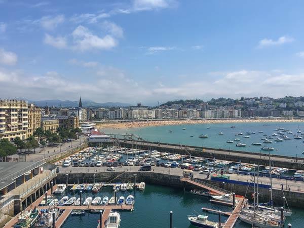 San Sebastian - Blick auf den Sportboothafen