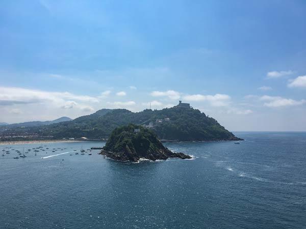 San Sebastian - Blick auf die Insel Santa Clara