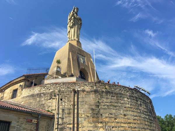 San Sebastian - Jesus-Statue auf dem Castillo