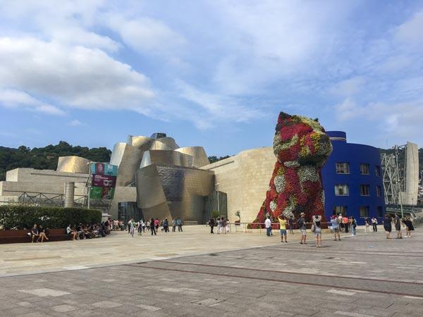 Camino del Norte - Bilbao Guggenheim Museum - Vorderseite