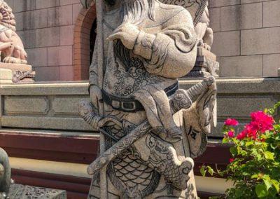 Viharnra Sien - Skulptur im Außenbereich