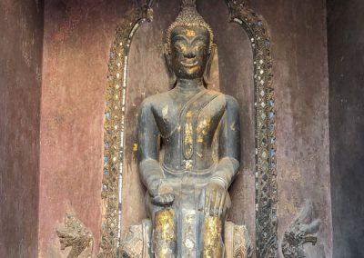 Ayutthaya Wat Phutthai Sawan Buddhafigur im Prang