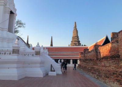 Ayutthaya Wat Phutthai Sawan - Innenhof