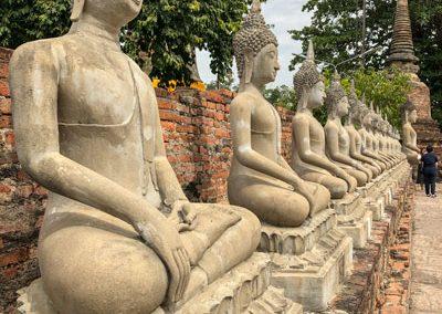 Ayutthaya - Wat Yai Chai Mongkol - Buddha-Statuen