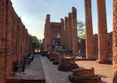 Ayutthaya Wat Thammikarat - Viharn