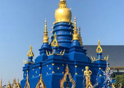 Chiang Rai Blauer Tempel - Blauer Chedi hinter dem Tempel