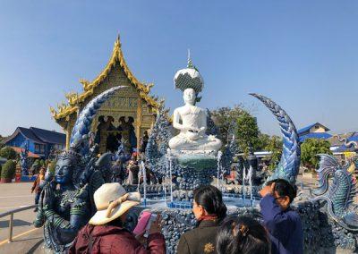 Chiang Rai Blauer Tempel - Brunnen