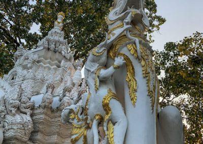 Chiang Rai Wat Phra Sing - Löwenskulptur am Eingang