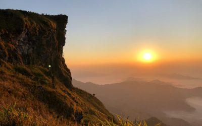 Sonnenaufgang am Phu Chi Fa