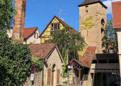 Bietigheim-Bissingen - Blick auf den Pulverturm und links das Backhaus