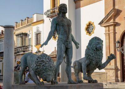 Ronda - Fuente de Hércules y los leones auf dem Plaza del Socorro