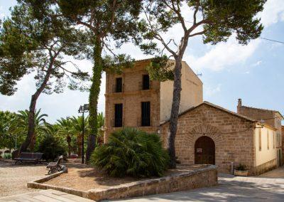 Alcúdia - Der Vorplatz zur Església de Sant Jaume