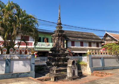 Stupa auf dem Gelände des Vat Nong Sikhounmuang in Luang Prabang