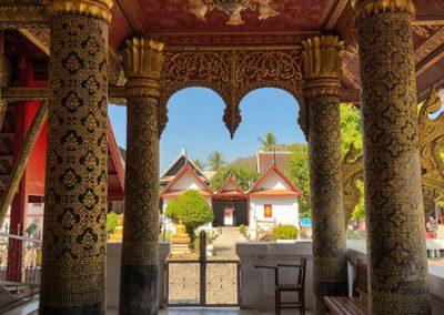 Wat May Souvannapoumaram Luang Prabang - Galerie des Tempels