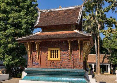 Rote Kapelle auf dem Gelände des Wat Xieng Thong Luang Prabang