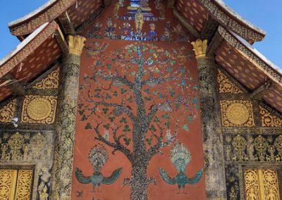 Wat Xieng Thong Luang Prabang: Lebensbaum auf der Rückseite des Tempels